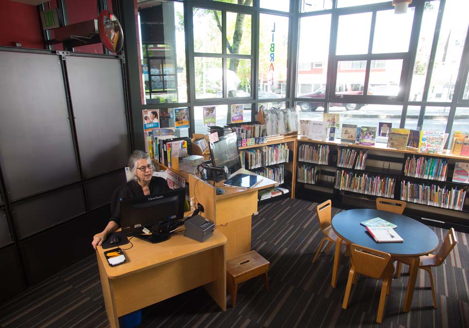 Children's area at the Wallingford Branch